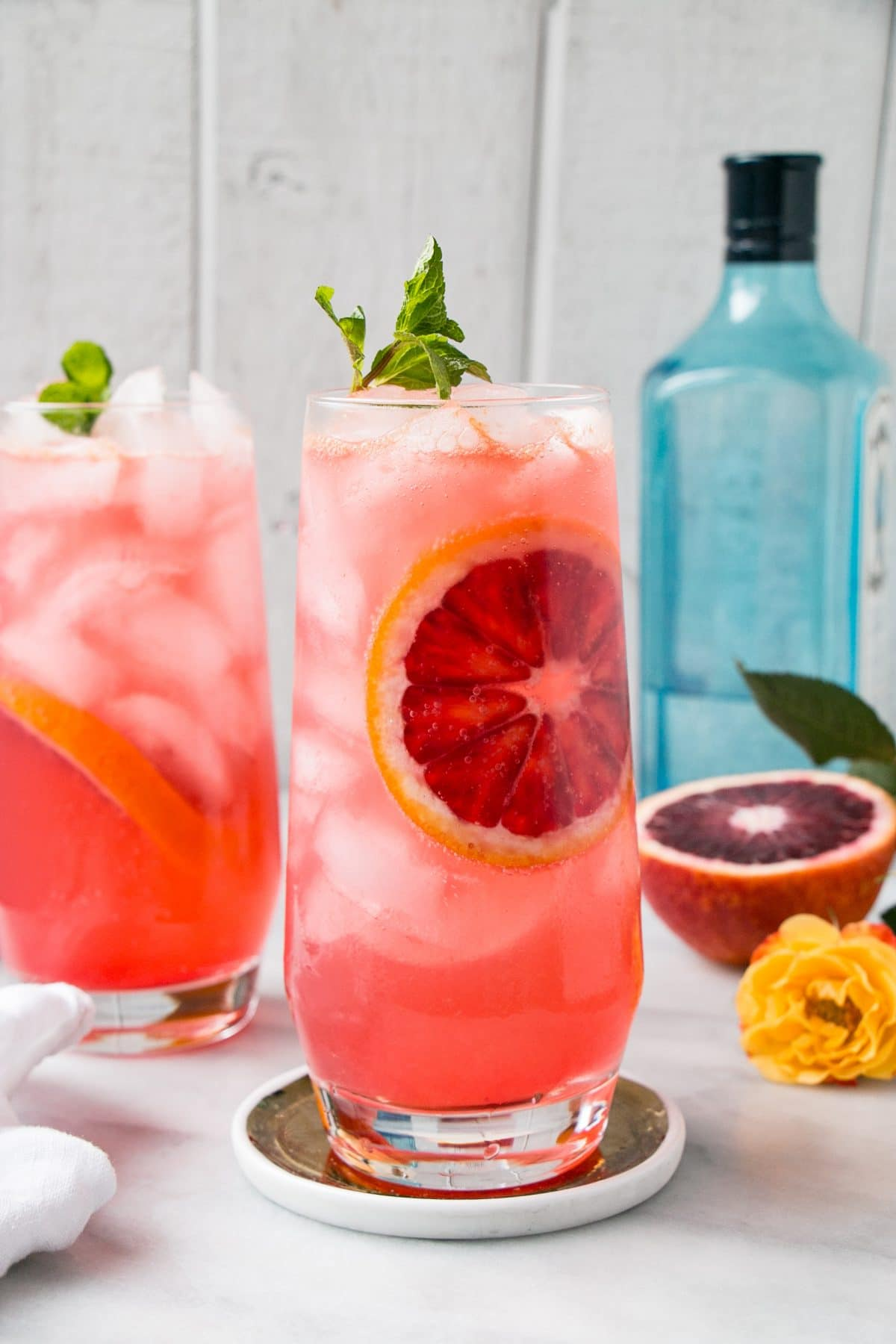 15 Romantic valentines cocktails to make at home